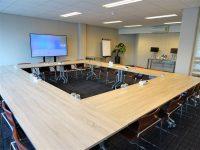 Nieuwe vergaderzaal 'Parijs' beschikbaar tot 45 personen, locatie Woerden